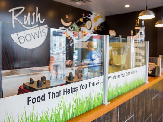 Rush Bowls allows customers to build various fruit