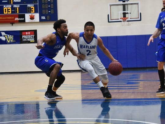 Photo of former Montwood basketball player Ruben Lopez at Wayland Baptist.
