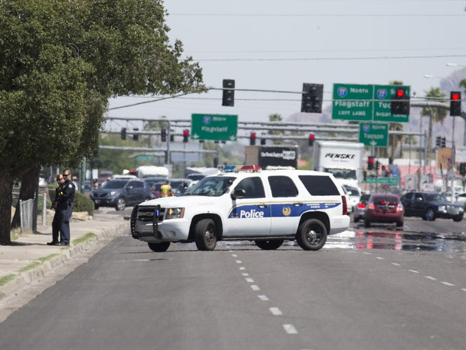 Phoenix police monitor a situation on April 17, 2018
