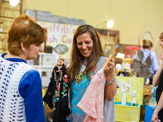 "Jennifer Schroeder shops the spring 2017 Branson Market Days. The ""eclectic vendor show"" returns to Branson Convention Center May 11-12, 2018."