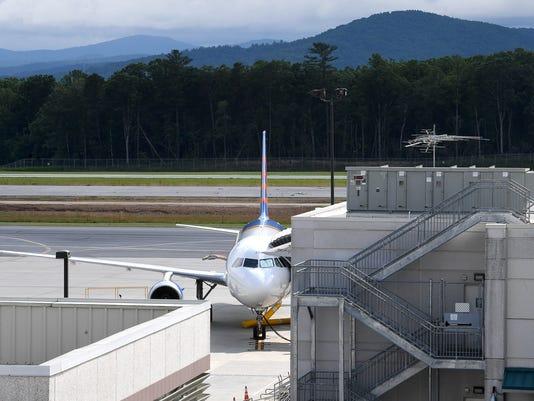 636650265006437936-Asheville-Airport-005.JPG