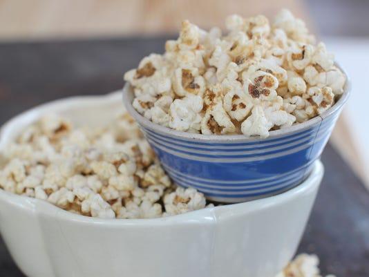 Salty sweet peanut honey popcorn