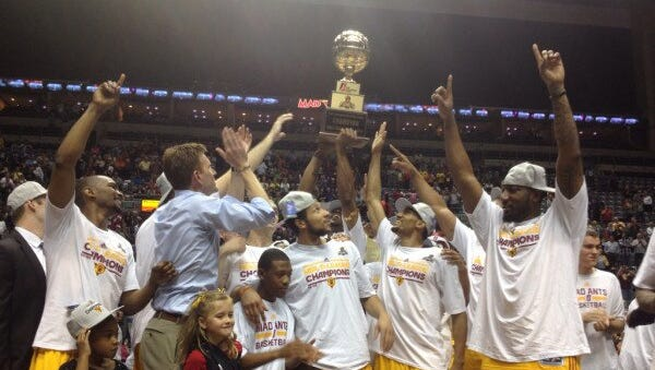 Photo of the Mad Ants celebrating their NBA D-League championship.