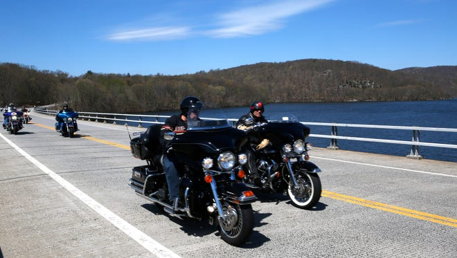 Over 32 motorcycle clubs with over 300 riders participated in the Hogs 4 Hope Falls to River River Run to benefit Ronald McDonald House and the Aidan Jack Seeger Foundation on April 24, 2016.  The ride started at Croton Gorge Park in Croton-on-Hudson and finished at the JKF Marina in Yonkers.