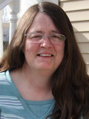 Linda Breithaupt performs folk, gospel and blues music May 21 at the Unitarian Fellowship in Poughkeepsie. Presented by Poughkeepsie chapter of Hudson Valley Folk Guild.