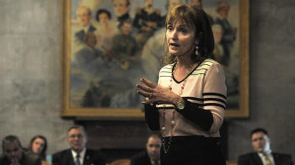 House Speaker Beth Harwell, R-Nashville, officially returned to her leadership position Tuesday as the 109th General Assembly convened for the first time.