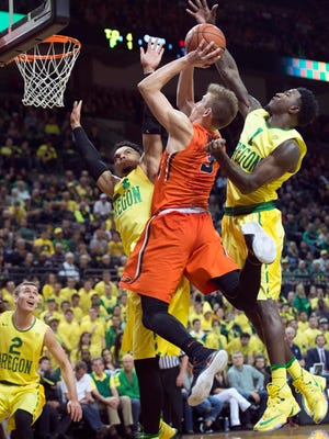 Oregon State forward Tres Tinkle is second on the team in scoring and rebounding.
