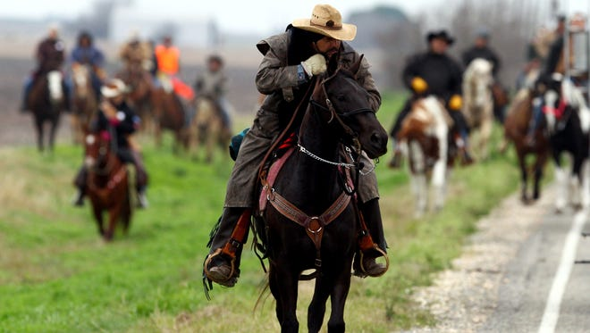 The South Texas Trail Riders, Inc. will travel from Beeville to Pettus on Sunday as part of its 58th Annual Trail Ride from Edroy to San Antonio.