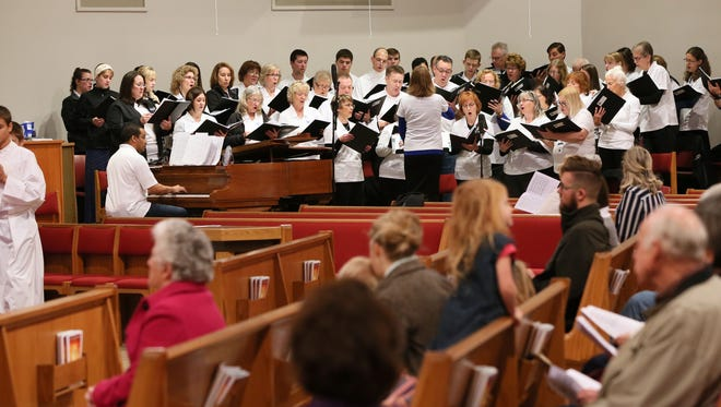 November 14, 2016 The Milwaukee Mercy Choir is made up of 55 singers from across southeastern Wisconsin, will travel to Rome on Monday November 14 and sing for Pope Francis during the closing of the Jubilee Year of Mercy.  The choir will join with the Sistine Chapel Choir for the Papal Mass on Sunday, November 20 at the Vatican.  Today before leaving they sang for the daily mass at St. Charles Parish in Hartland.  Here the choir sings at the mass.