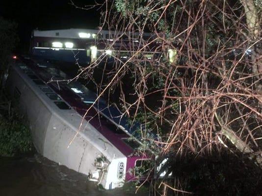EPA USA CALIFORNIA TRAIN ACCIDENT DIS TRANSPORT ACCIDENT USA CA