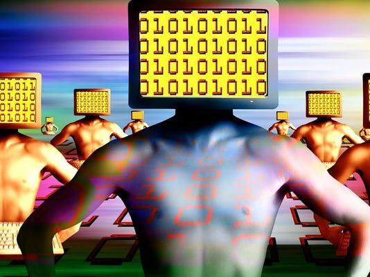 635654736246729918-hacker
