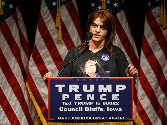 Michelle Root speaks at the Mid-American Center on Wednesday, Sept. 28, 2016, in Council Bluffs.
