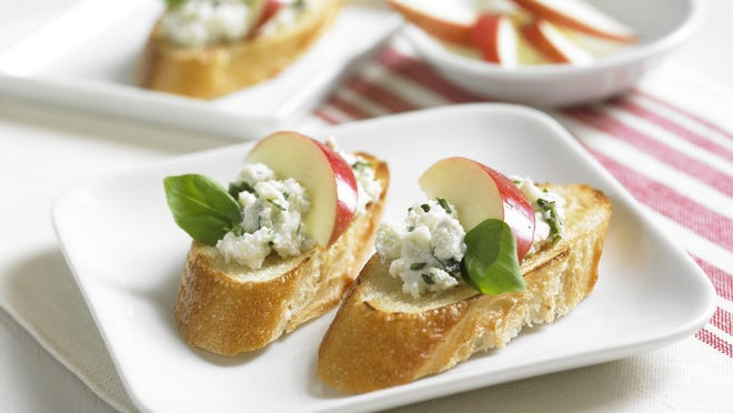 Creamy Blue Cheese Crostini is an easy and beautiful treat.