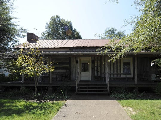 Green Frog Farm Offers Cabins To Rent