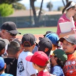 Salinas native, former MLB pitcher puts on baseball clinic for youth