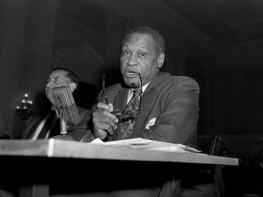 ADV. FOR WKD. EDS., APRIL 3-5--FILE--Singer Paul Robeson