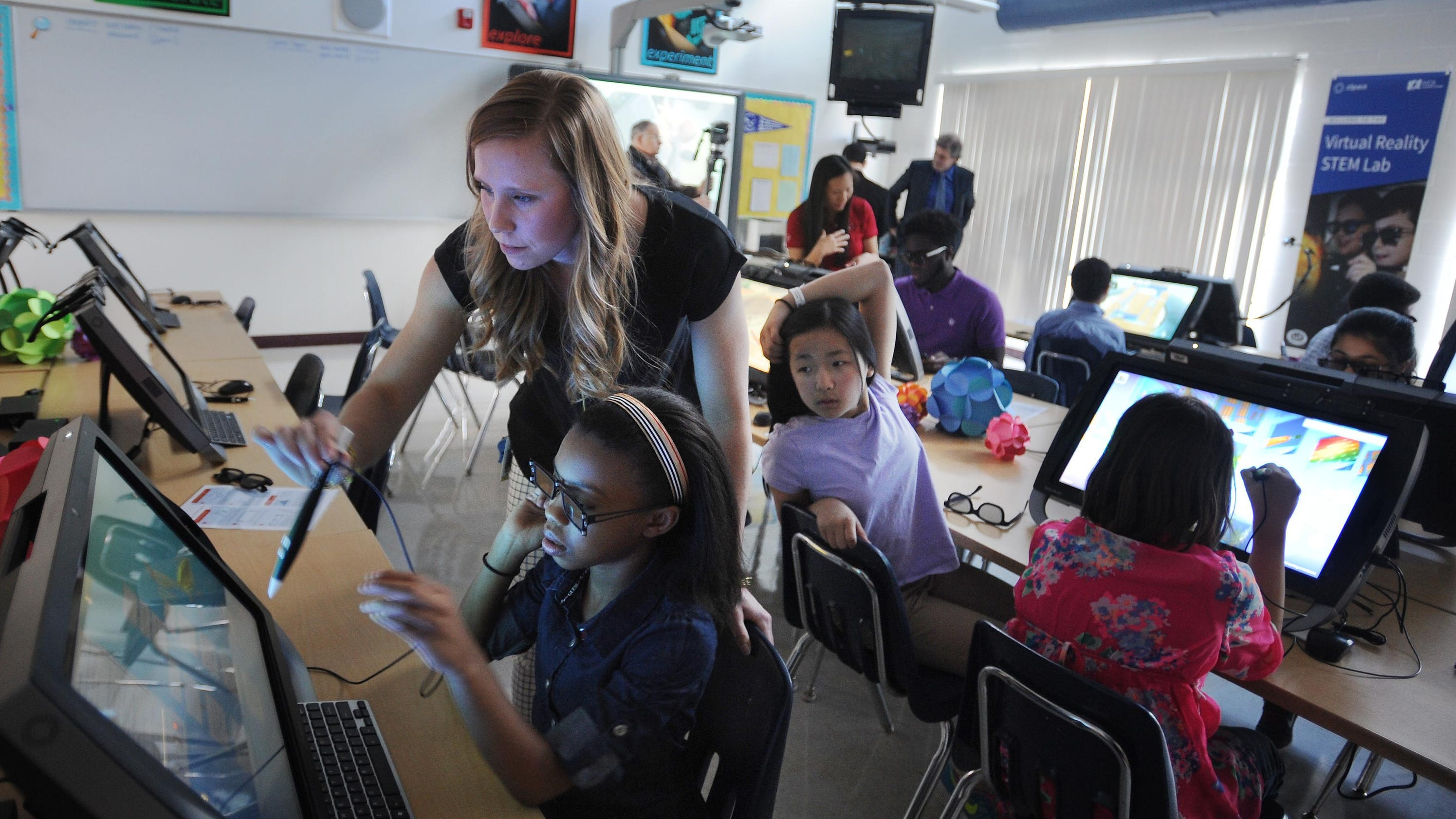 Business leaders urge changes to K-12 education