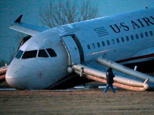 Philadelphia jet emergency