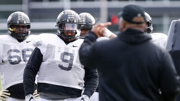 Young Purdue defensive line working to improve