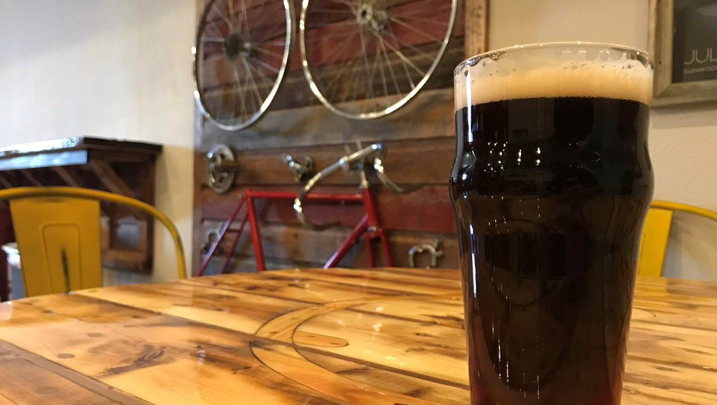 Meet the small-town Iowa brewers behind this year's Beer Brackets winning ale