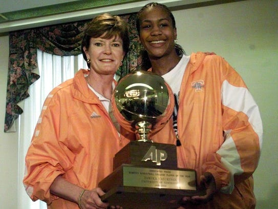 Tennessee coach Pat Summitt with Tamika Catchings,