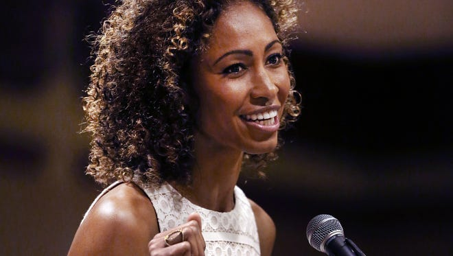 ESPN anchor Sage Steele returned to Indianapolis to give the keynote speech at the 6th Annual Champions Awards Luncheon earlier this month. The 1991 Carmel High School and 1995 Indiana University graduate who worked at WISH-TV in 1997-98 has been with ESPN since 2007.