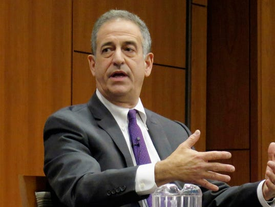 resignation letter email feingold calls on fargo ceo to resign 1569