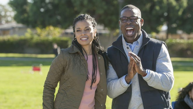 Susan Kelechi Watson, left, and Sterling K. Brown play a married couple with two daughters on NBC's 'This Is Us.'