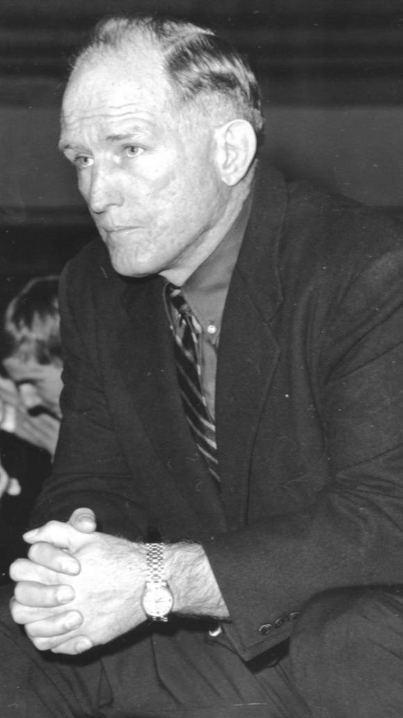 Former Oregon State wrestling coach Dale Thomas led the Beavers to 616 victories and 22 conference championships.