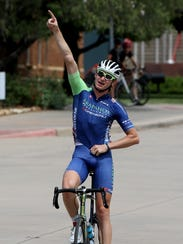 Grant Koontz of Arapahoe Resources points to the sky