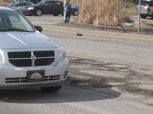 Pothole3_2-24-14 (2).jpg