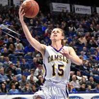 Campbell County boys basketball falls on late 3-pointer