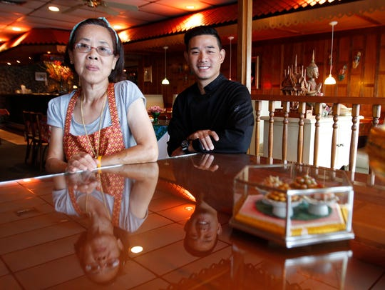 Somnuk and Toon Bangthamai own Siam Hut in Cape Coral.