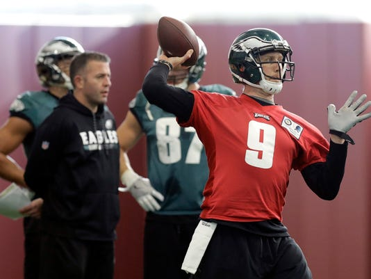 Philadelphia Eagles quarterback Nick Foles (9) throws during a practice for the NFL Super Bowl 52 football game Thursday, Feb. 1, 2018, in Minneapolis. Philadelphia is scheduled to face the New England Patriots Sunday. (AP Photo/Eric Gay)