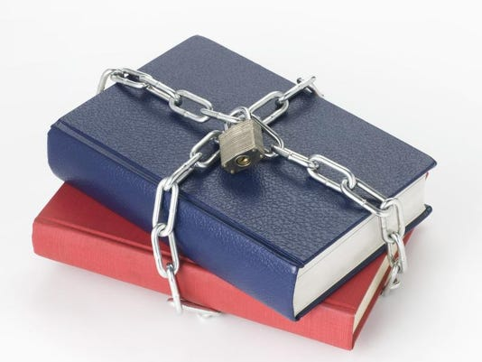 -banned books.jpg_20140326.jpg