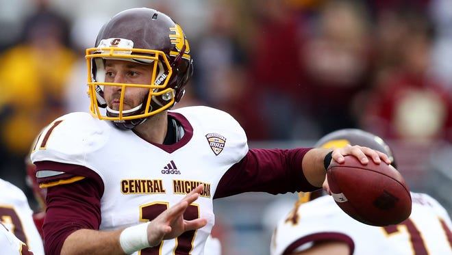 Central Michigan's Shane Morris passes against Boston College during the second half on Sept. 30, 2017 in Chestnut Hill, Mass.