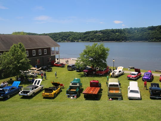 Scenes from the Classics on the Hudson Car Show at