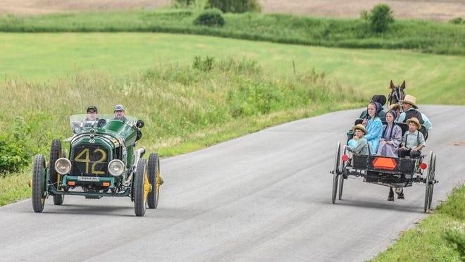 平均而言,有120辆车进入比赛,总奖金超过150,000美元,其中有50,000美元归获胜团队。