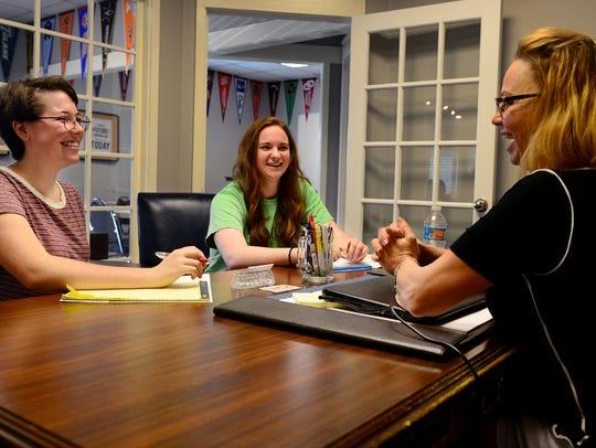 Sara Thompson and Lauren Ragsdale talk with Nina Heckler
