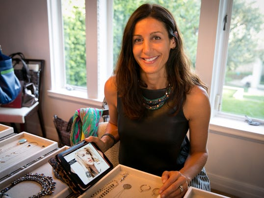 Stella dot brings tech to at home jewelry parties for Stella and dot san francisco