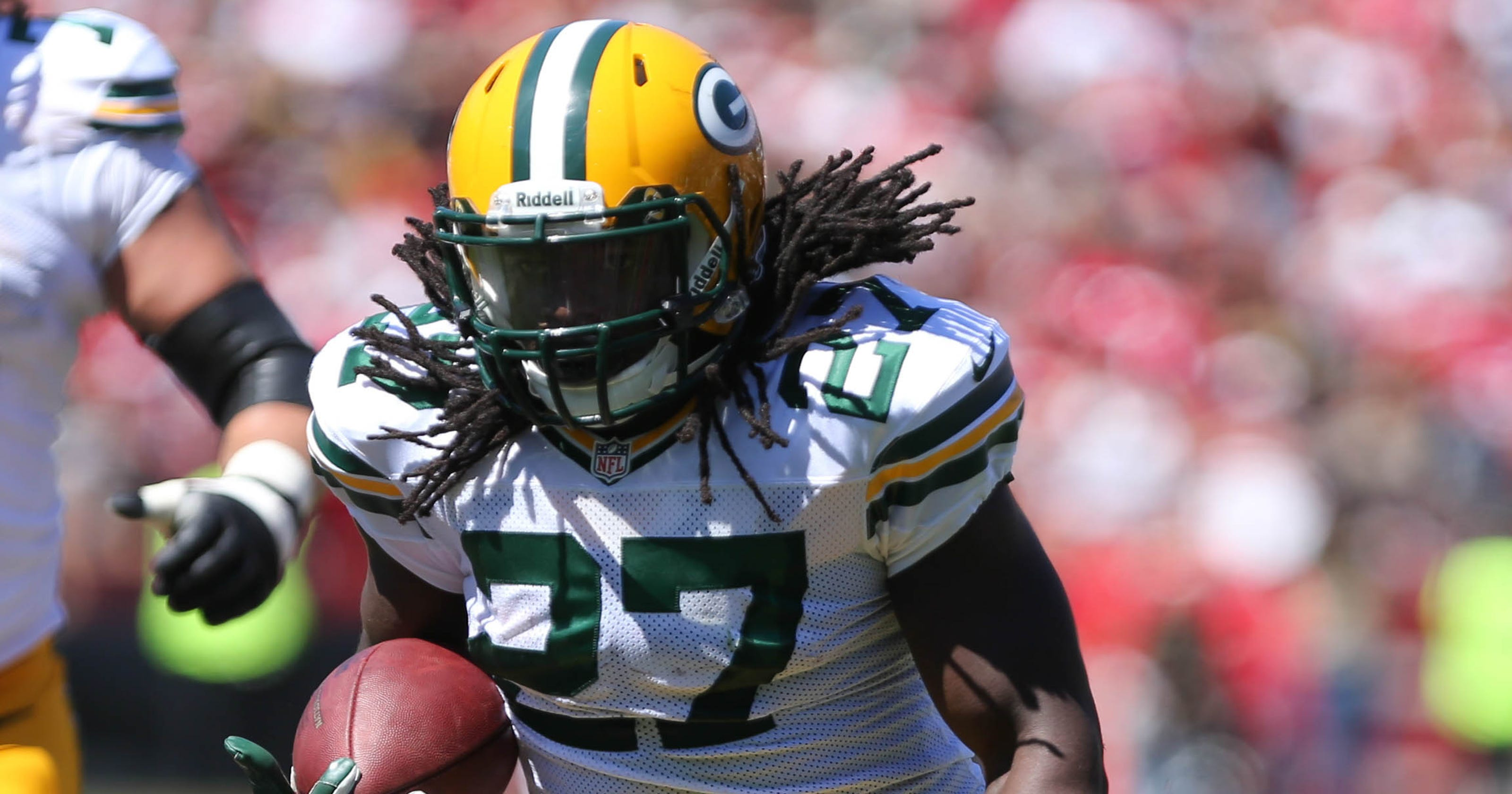 1aead57c47b Packers  Eddie Lacy concussed and unable to practice