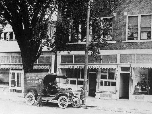 1930s Elmtree.jpg