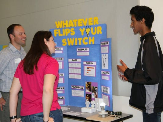 635929703035257271-Science-fair-1.jpg