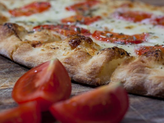 636167169348987571-pizza.jpg