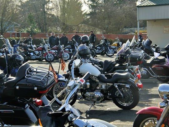 Hub City Abate hosts its annual Chilly Bun Run, Ride and Roll Sunday, Starting from the Bottle Factory in Stayton.