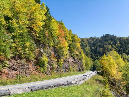 Newfound Gap Road/U.S. 441 in the Great Smoky Mountains National Park is 33 miles long, connecting Cherokee, North Carolina, with Gatlinburg, Tennessee.