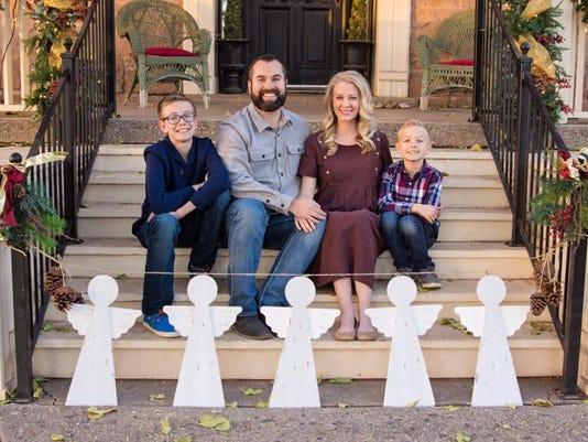 636555848273940160-scott-family.jpg