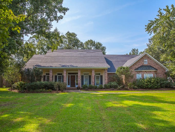 The home at 4608 Bon Aire Drive features a saltwater