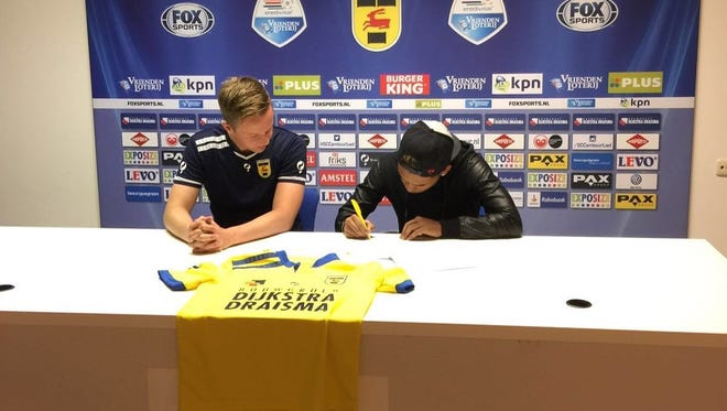 Cypress Lake student Noah Zantman signed his first professional soccer contract last month with SC Cambuur, a second division club in the Netherlands.