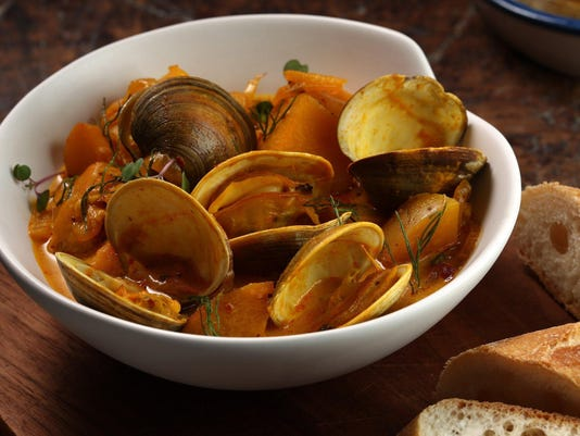 Home on the Range: Clams steamed with wine and fresh fennel